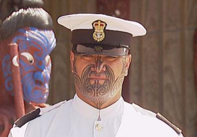 Rawiri Barriball az első tengerész aki engedélyt kapott az Új-Zélandi Királyi Haditengerészet-től, hogy teljes maori arctetoválást viseljen!